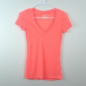 AMERICAN EAGLE OUTFITTERS XS LINEN V-NECK TEE